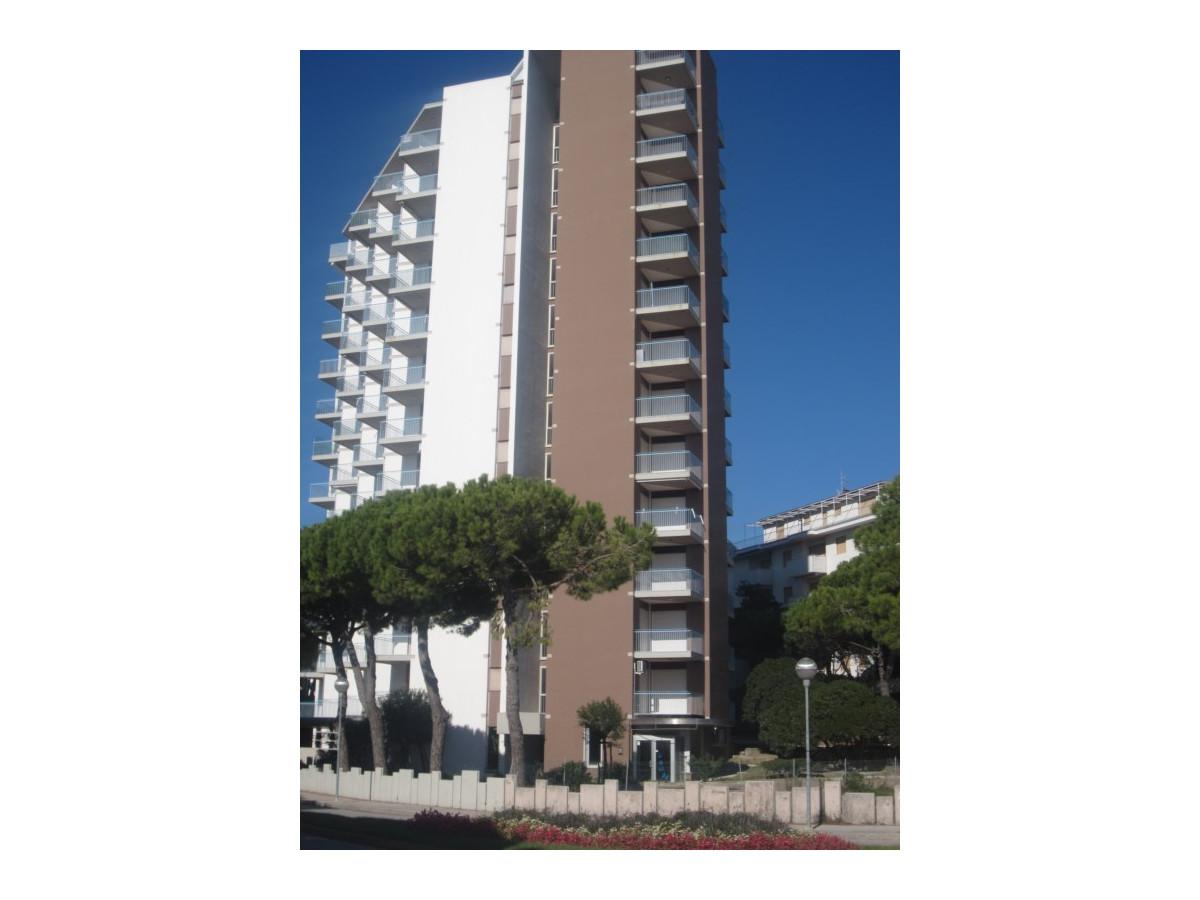 Residence  BIANCO NERO-